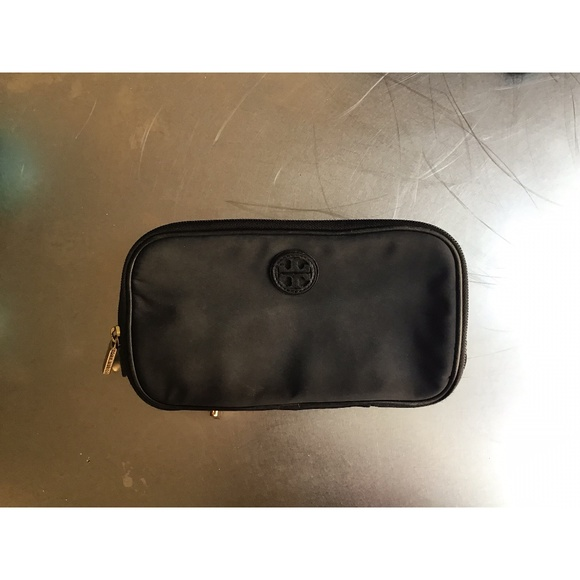 Tory Burch Handbags - Tory Burch Double-Zip Nylon Cosmetic Case • Black